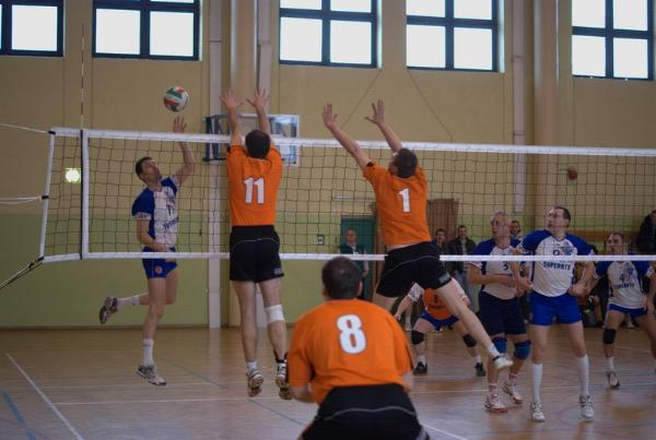 xiv_kolejka_dzkiej_amatorskiej_ligi_siatkwki_20100314_1787868673