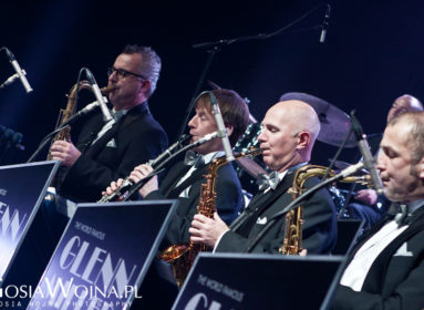 Glenn_Miller_Orchestra_20111210-0236mw