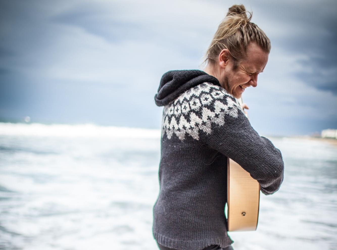 Ragnar_Olafsson_-_promo_foto_-_duze