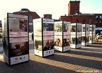 Wystawa filmowa i oscarowa na rynku Manufaktury
